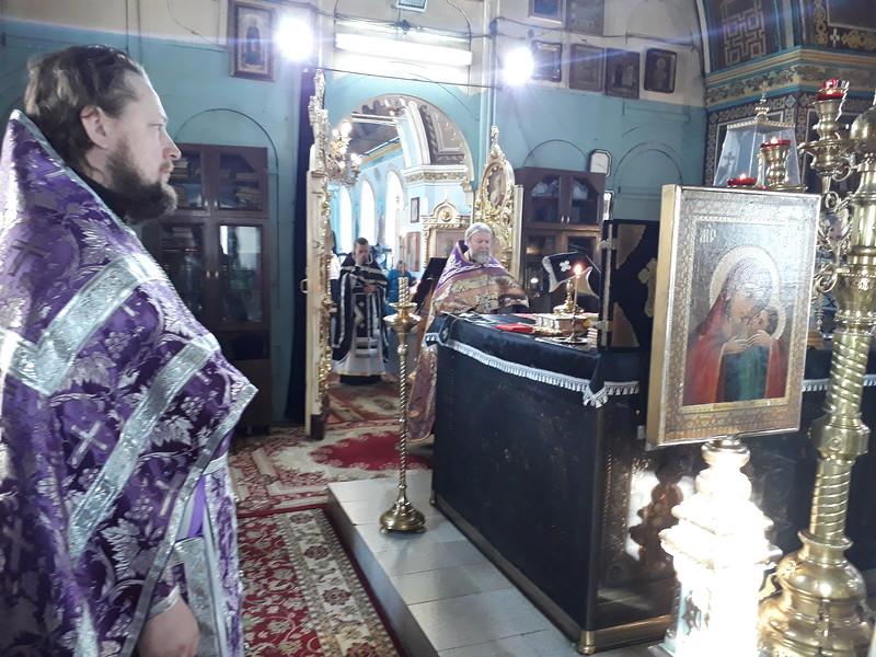Богослужение в день памяти сорока севастийских мучеников